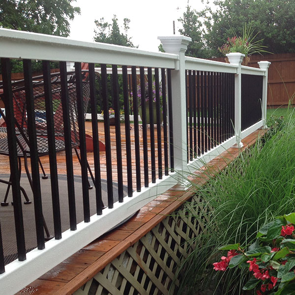 Durables Bradford Vinyl Railing Category Image