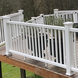 Shop All Composite & Vinyl Railing Category Image