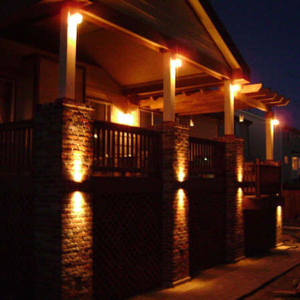 Lighting Basement Washroom Stairs: Peak To Peak LED Rail Light By Highpoint Deck Lighting