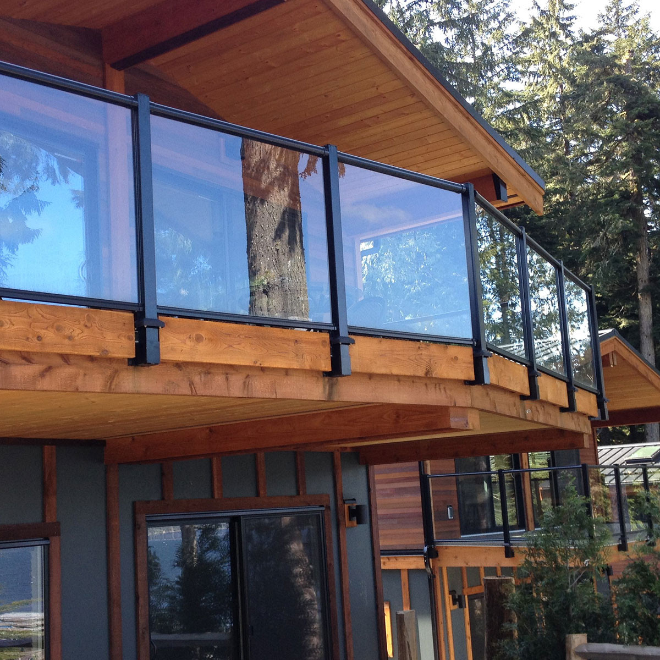 "Help highlight your <a href=""/glass-deck-railing/glass-panels/century-aluminum-scenic-glass-railings"">Century Scenic Glass Railing</a> even more with the Fascia Mount Bracket."