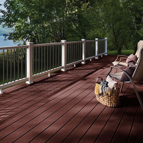 Give your deck more dimension with Trex Select in Madeira.