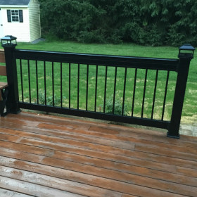 Deckorators Aluminum Rail Kit - Installed with Classic Round Aluminum Balusters