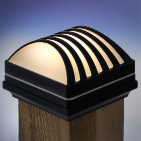 When the sun goes down, the Deckorators Nouveau Arcade Solar Post Cap Light lends gorgeous illumination to your space.