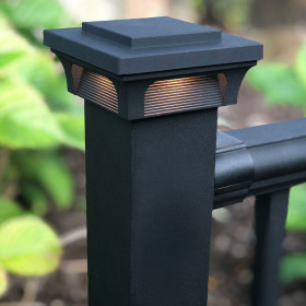 A stunning design that gives a gorgeous glow, the Deckorators ALX Luna Post Cap Light in Black demands attention.