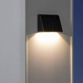 Endurance Ultra Thin LED Rail Light by Highpoint Deck Lighting - Textured Black - lit
