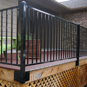 FE26 Iron Fascia Post by Fortress - Gloss Black