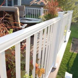 AL13 Aluminum Colonial Accent Round Top Rail by Fortress