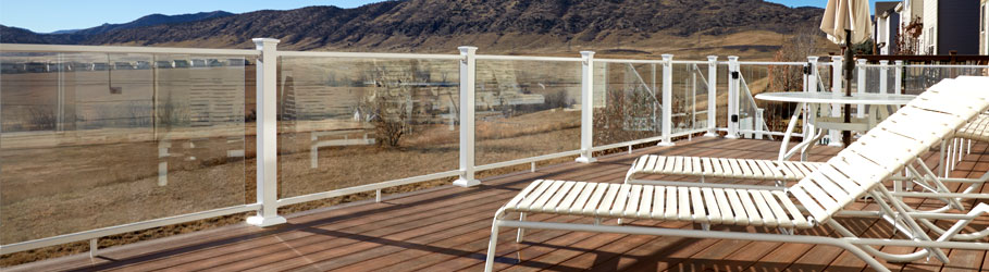 Glass Panel Deck Railing