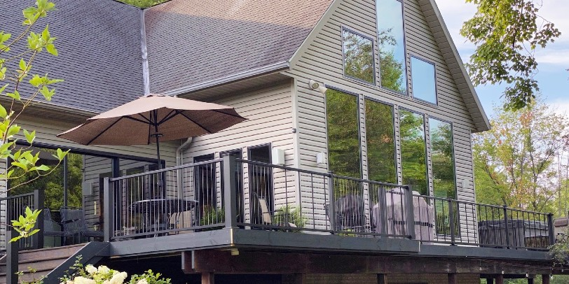 Vertical or Horizontal Cable Deck Railing