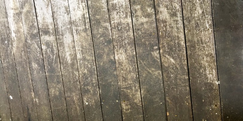 How to Clean a Deck Before Staining