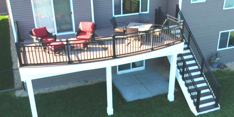How to Clean Metal Deck Railing