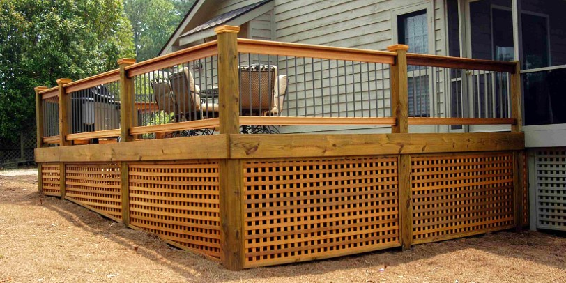 Shop the different Vista Wood Deck Railing designs and ...