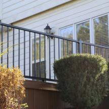 Westbury Liberty Aluminum Rail with Level Sections in Black