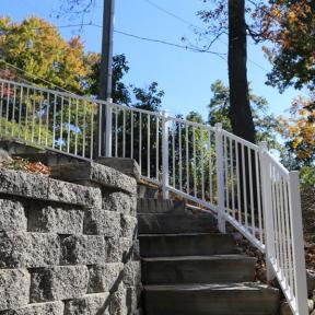 Westbury Liberty Aluminum Rail with Adjustable Stair Sections in White