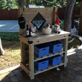 Outdoor Wooden Station featuring Rafter Clips, Timber Screws, Top Rail Saddle, and Fleur-De-Lis Ornamental Accent