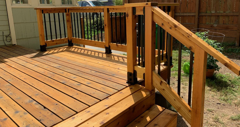 OZCO 4x4 Post Base Kits and OZCO 6x6 Post Base Kits create a strong and beautiful opportunity to attach a wood post to an already built deck