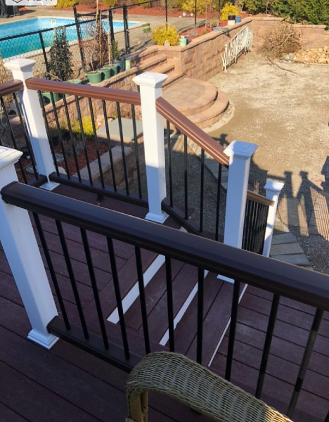 Choose Trex Transcend stair railing kits to complete your deck's outdoor living space
