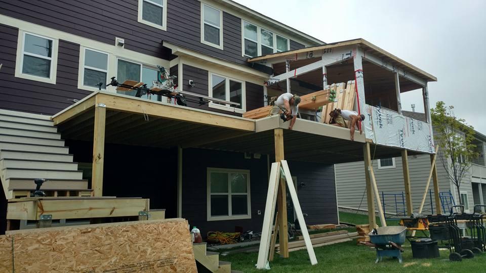 How to Hire a Deck Builder - DecksDirect
